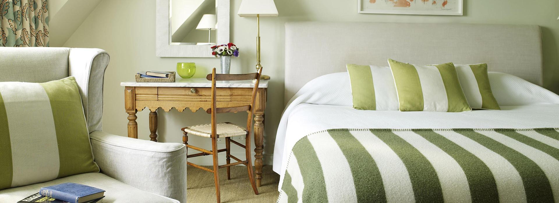 <small>двухкомнатный номер с двуспальной кроватью, площадью 50 м2 </small>Полулюкс
